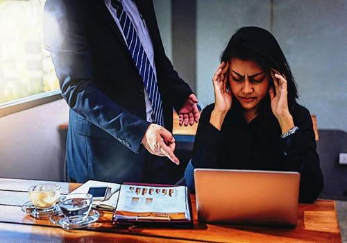 Patologías causadas por estrés ocupacional: ¿qué factores deben considerarse para su identificación?
