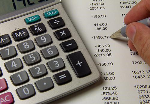 Activos y gastos pagados con emisión de acciones: reconocimiento bajo NIIF