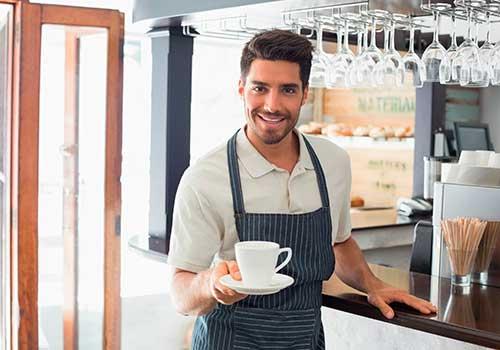 ¿Jornada de trabajo inferior a 48 horas semanales configura contrato de prestación de servicios?
