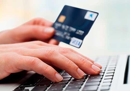 Retefuente no sería practicada por persona natural o jurídica si efectúa el pago mediante tarjeta