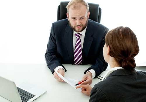 Si le adeudan honorarios, no está obligado a continuar ejerciendo como contador