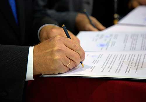 Los estados financieros bajo NIIF serán certificados y dictaminados