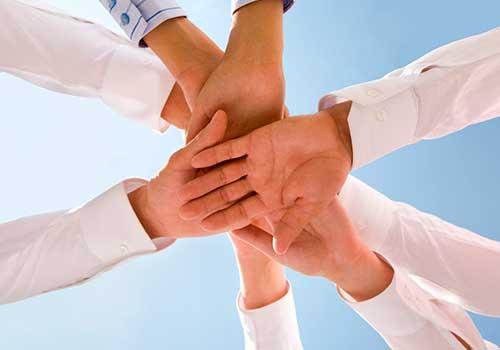 Asociación sindical vulnerada por planes de beneficio voluntario y pactos colectivos